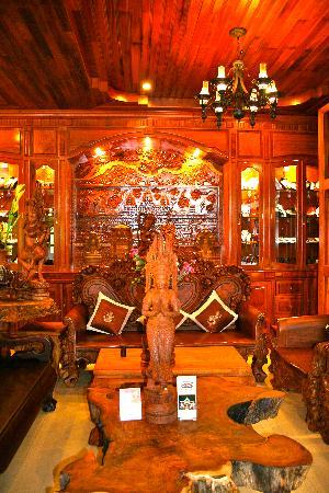 Shining Angkor Boutique Hotel: Traditional Decoration