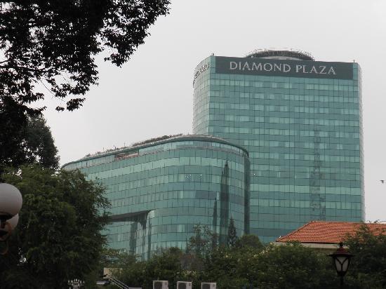 Diamond Plaza: 外観