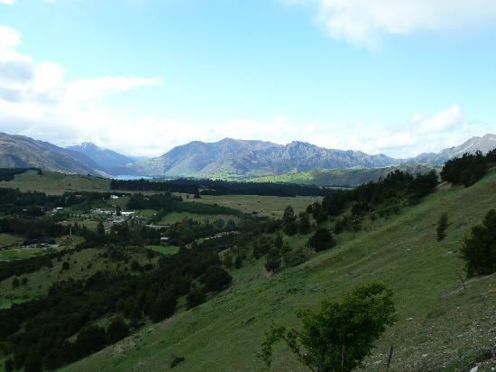 Te Wanaka Lodge: View from Mount Iron