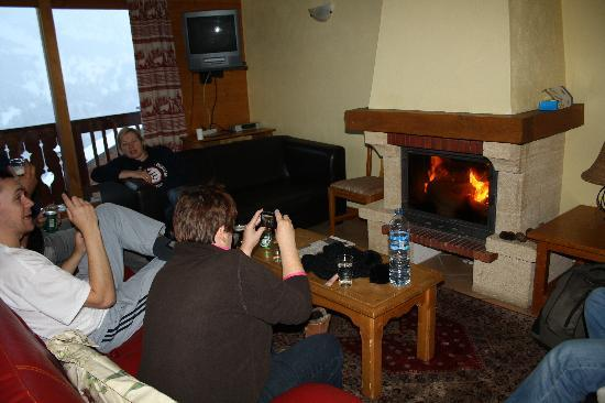 Les Chalets de Meribel: Lovely Living Room Area