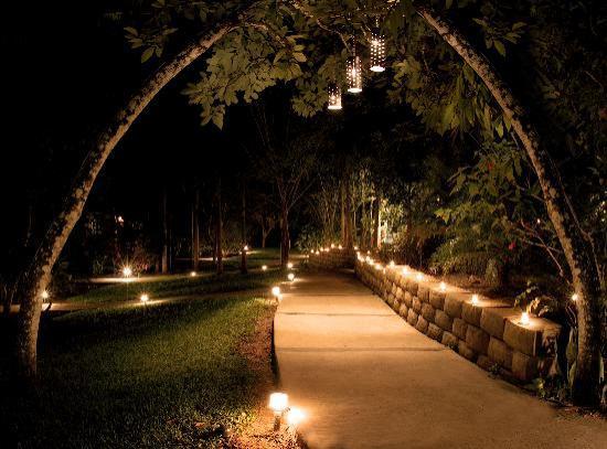 Ka'ana Resort: Walkway