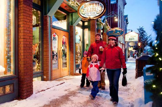 Family Shopping in Breckenridge