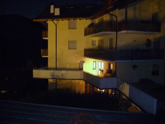 Panoramahotel Nigglhof: der Innenhof, den ich vom Zimmer aus sah.