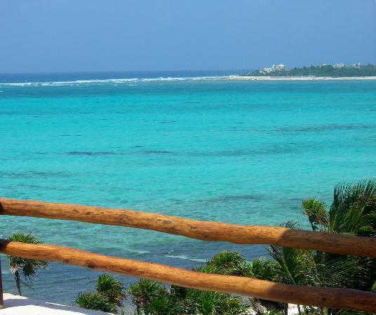 Hotel Jashita: The wonderful bay in front of Caribbean Sea