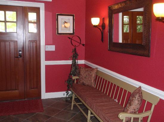 The RoseMary Inn: Front Entrance