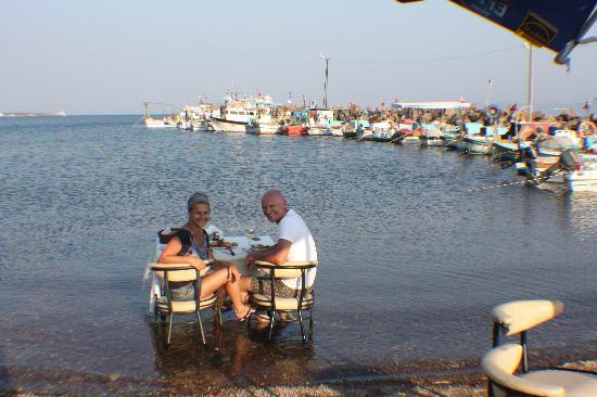Assos Alarga, Bed and Breakfast: Fish for dinner