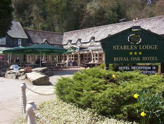 The Stables Bistro Bar: Entrance