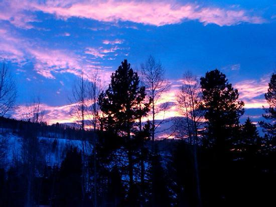 Christiania at Vail : December Sunset from the Hot Pool at Christiania Lodge in Vail