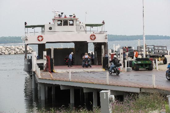 Washington Island Ferry Line: Northpoint Pier