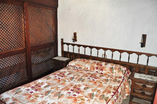 Fataga, Spain: dormitorio matrimonio