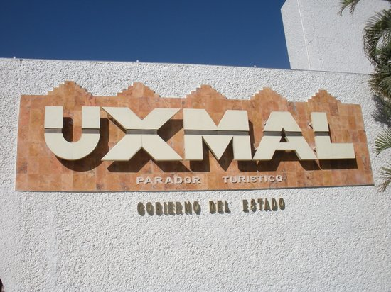 sign at entrance to Uxmal