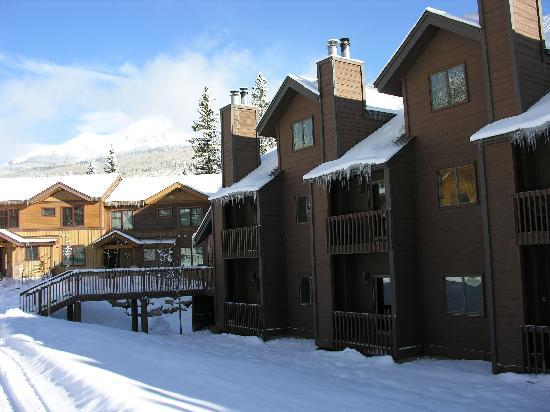 Cascade Village: Engineer Peak