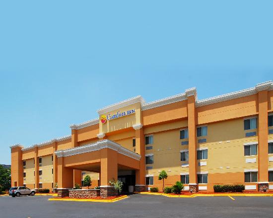 Comfort Inn : Main Entrance