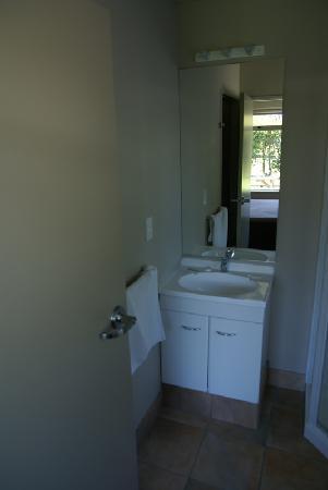 Kennedy Park Resort Napier: Badezimmer