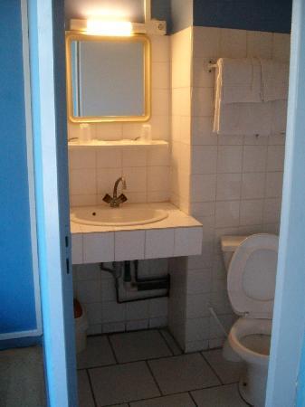 Hotel Alizea : bagno stanza 7 secondo piano