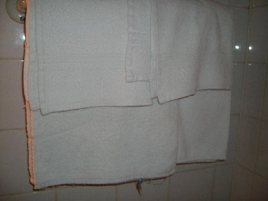 Hotel Alizea : asciugamano stanza 7 secondo piano
