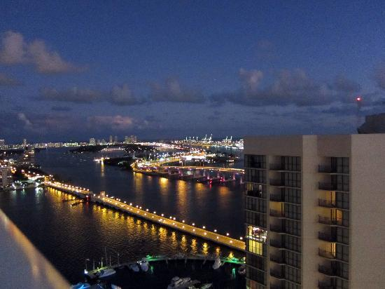 Doubletree Bay View Picture Of Doubletree By Hilton Grand Hotel Biscayne Bay Miami Tripadvisor