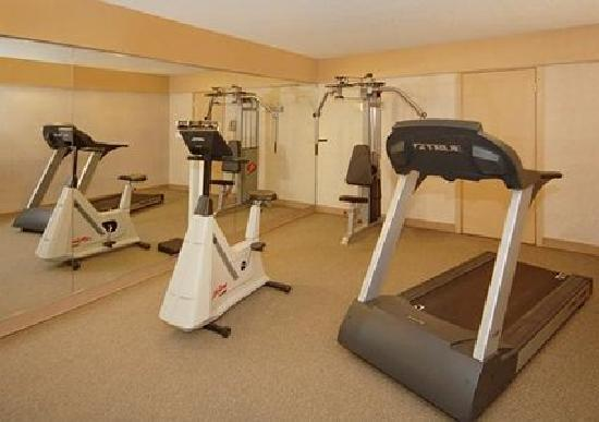 Quality Inn & Suites Conference Center: Fitness Center