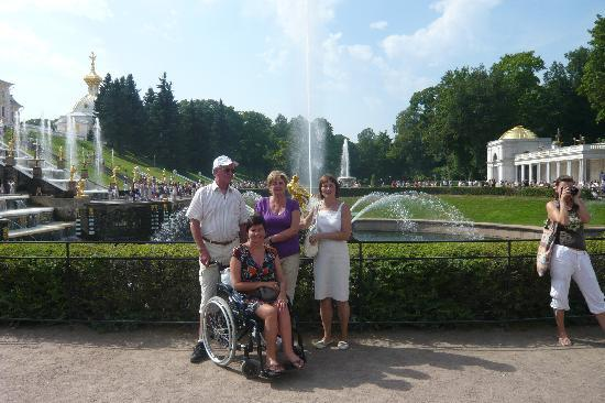 سانت بطرسبرج, روسيا: Peterhof mit Galina