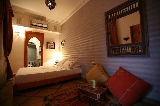Riad kenzo b b marrakech maroc voir les tarifs 79 - Prix chambre hotel mamounia marrakech ...