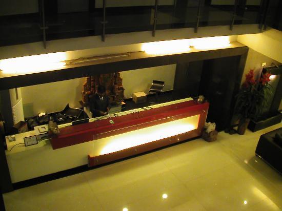 Hotel T.A.P. Gold Crest: Die Rezeption