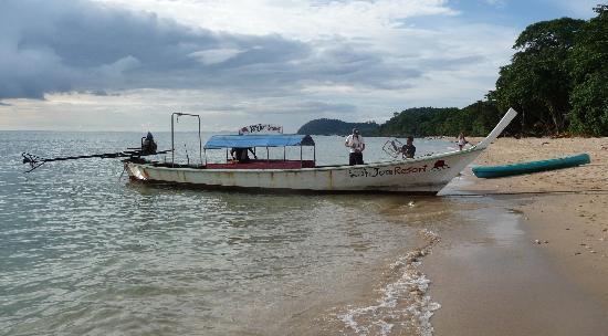 Koh Jum Resort : La plage