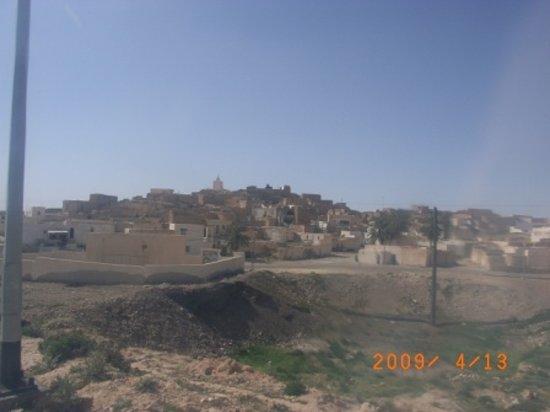Tamezret: タメズレットの村