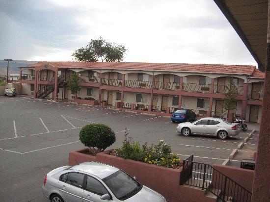 Wetherill Inn L Hotel