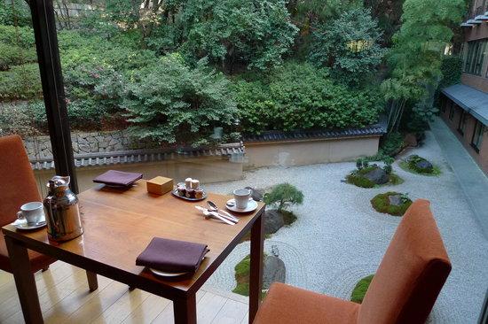 Hyatt Regency Kyoto : Excellent view of the Jap Garden during breakfast