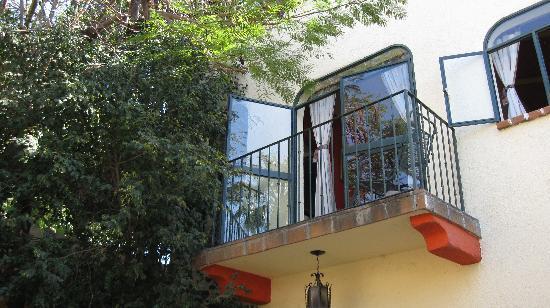 Casa Tuscany Inn: The Romeo & Juliet Suite balcony