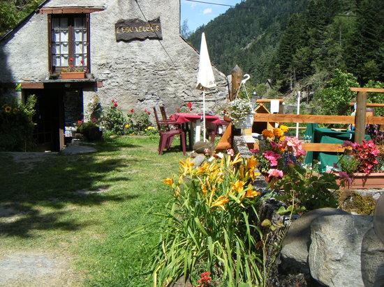 Restaurant Escalette: restaurant l entrée vue sur le lac