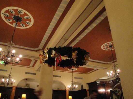 Zum Franziskaner: pretty ceiling