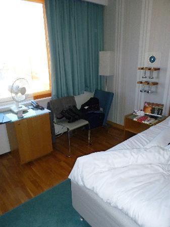 Hotel Aveny: the room
