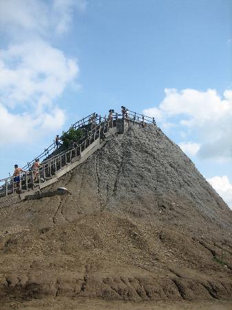 Volcan de Lodo El Totumo (Mud Volcano) : volcano