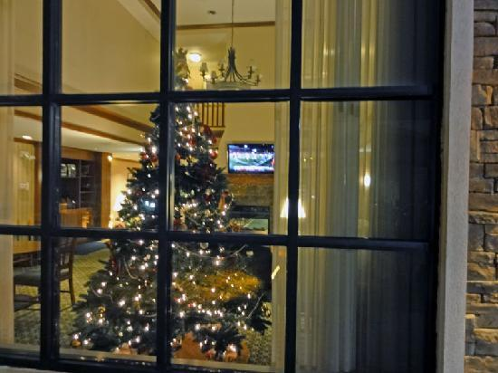 Staybridge Suites Hotel Tulsa - Woodland Hills: Lobby