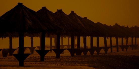 Crowne Plaza Resort Salalah: The private beach at sunset