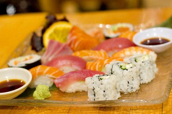 Tori Matsu Restaurant: Sushi platter