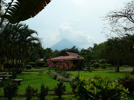 Arenal Country Inn: Vue d'ensemble
