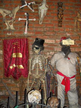 New Orleans Historic Voodoo Museum: The Baron