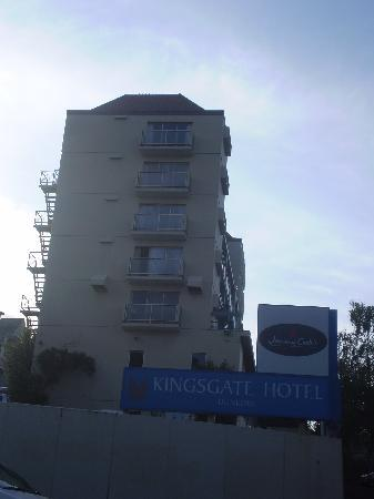 Eeastwards facing Kingsgate Hotel, Dunedin.
