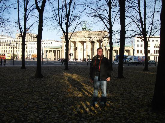 Hotel Comenius: By the Brandenburger Tor