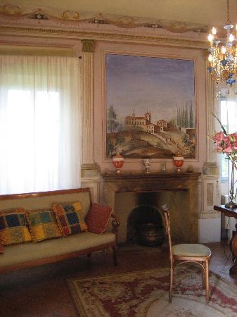 Villa Cicolina: sitting room