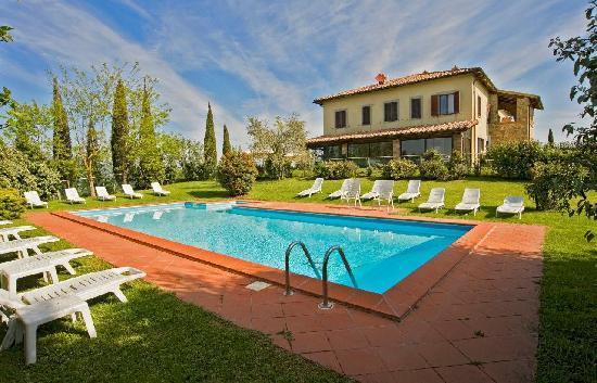 Celle sul Rigo, Italien: Le piscine