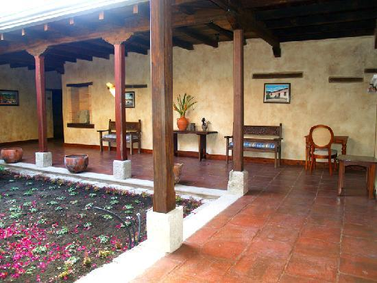 Hotel Marina Copan: Enjoy nature inside the hotel