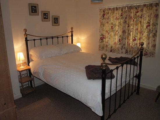 East Shilvinghampton Farm Bed and Breakfast