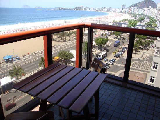 PortoBay Rio Internacional Hotel: Balcony and view of Copcabana