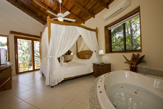 Tango Mar Beachfront Boutique Hotel & Villas: Tropical Suite Room - Tango Mar