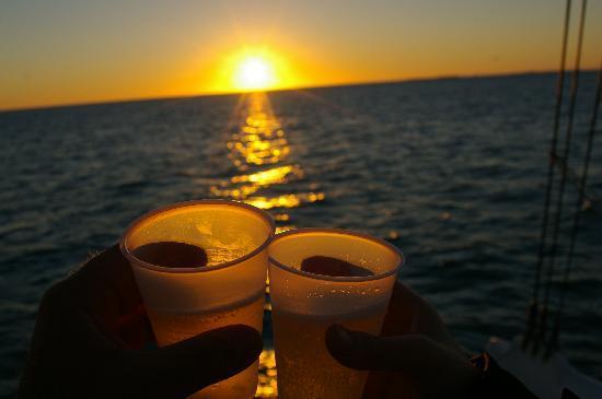Sebago Key West: Sunset Cruise Toast