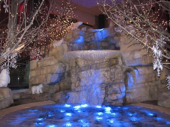 Mount Airy Casino Resort: Lobby (winter time)