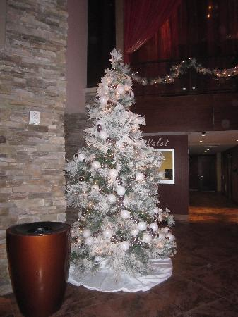 Mount Airy Casino Resort: one of the many Xmas tree